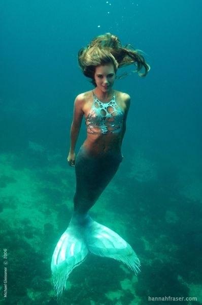 33-летняя Ханна Фрейзер работает русалкой в аквариуме горо