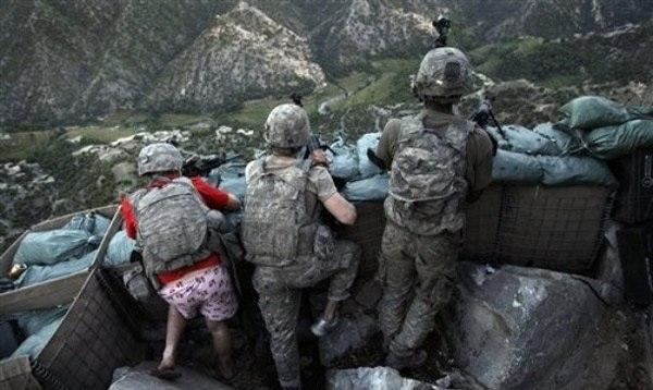 Американскому солдату пришлось воевать с Талибами в розов