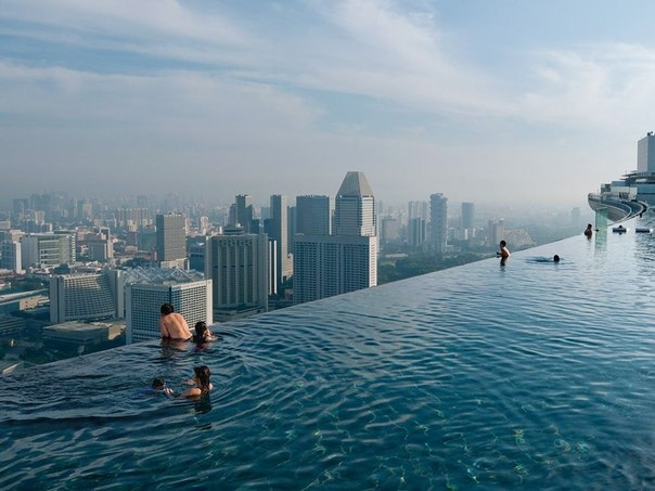 Бассейн Infinity Pool, Сингапур
