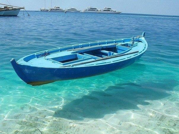 Чистая и прозрачная вода, республика Островов Фиджи