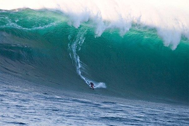 Cпуск с Волны высотой 68 футов.