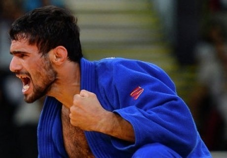 Дзюдоист Арсен Галстян завоевал для России первую золотую