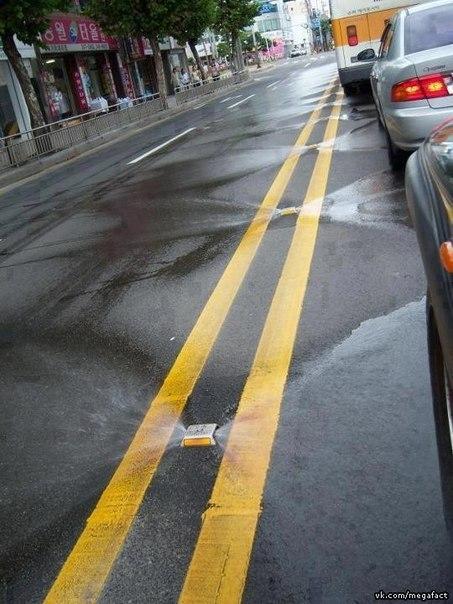 Как моют дороги в Корее.
