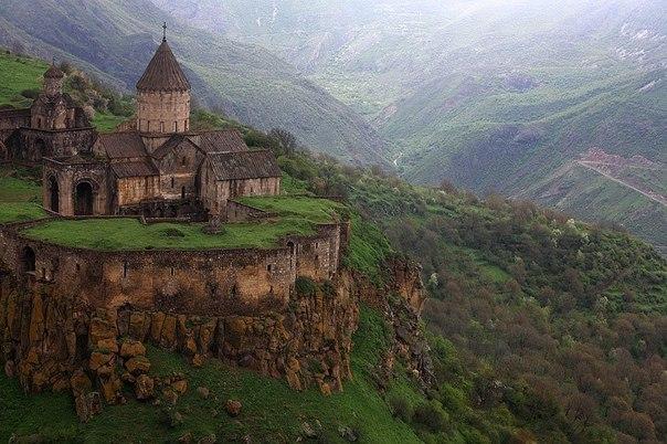 Монастырь в Армении.