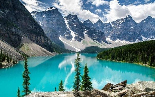 Озеро Moraine, Канада.
