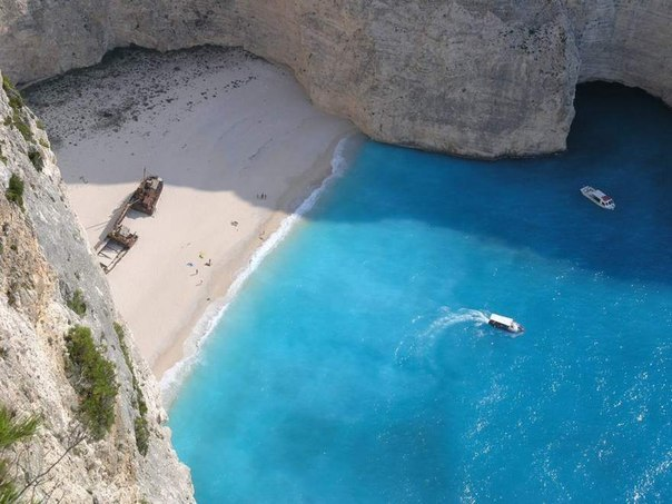 Прекрасный уединенный пляж.Греция.