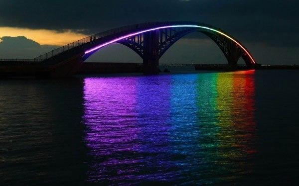 Радужный мост на острове Тайвань