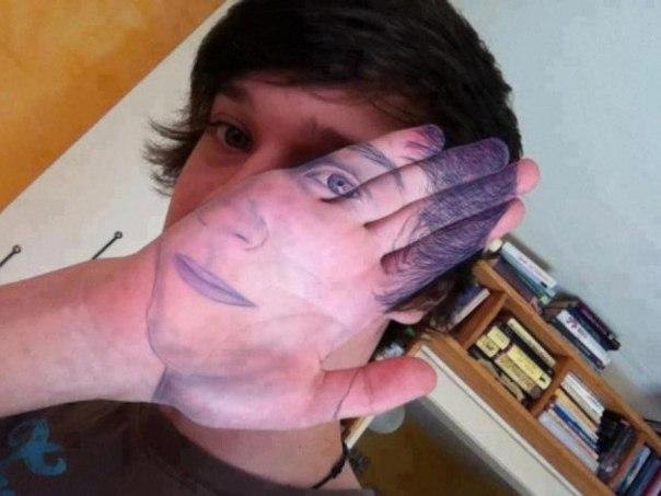 Рука-лицо