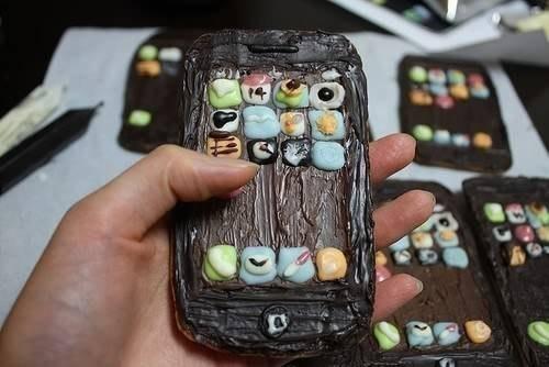 Шоколадный iPhone.