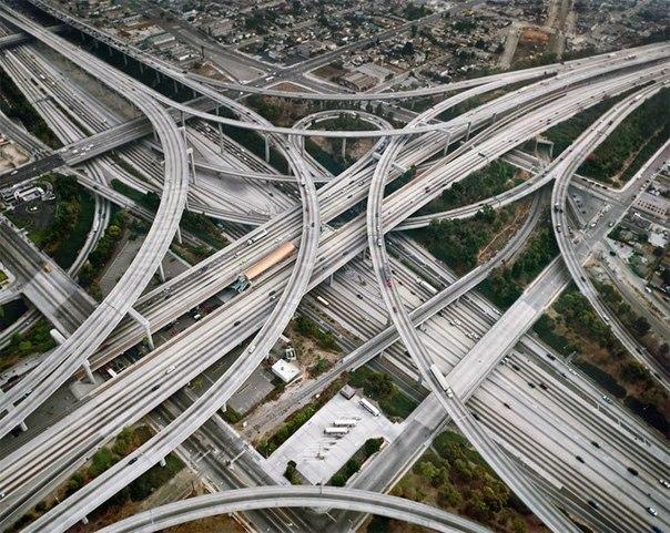 Транспортная развязка имени судьи Гарри Преджерсона в Лос