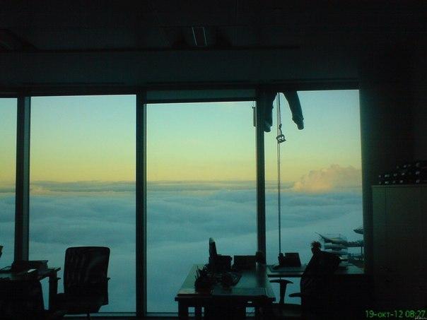 Вид из окна 58 этажа в Москве