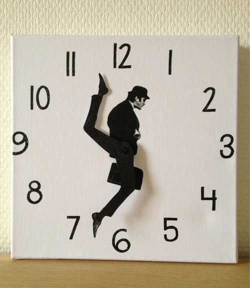 Забавные часы.